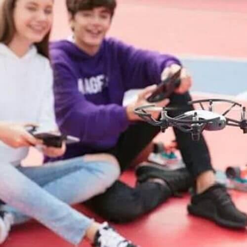 Un nuevo dron de 99 dólares con tecnología DJI e Intel