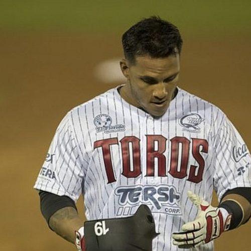 Sufre toros de Tijuana revés en juego inaugural