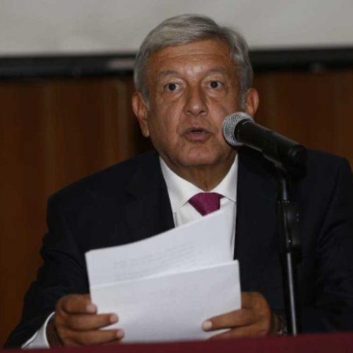 AMLO le pide a los gobernadores electos de Morena 'no salir con tonterías'… quedan advertidos.