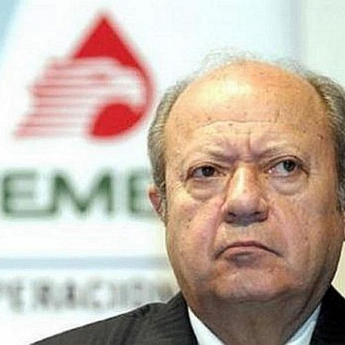 Romero Deschamps obliga a los trabajadores petroleros a que lo vuelvan a reelegir