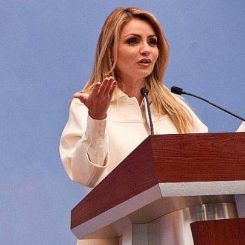 Dice Angélica Rivera que Peña Nieto aprecia el arte, por eso se casó con una actriz