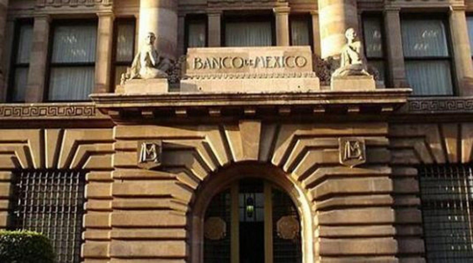 Huyen al rededor de 200 empleados del Banco de México huyen o  a sus empleos ante la llegada de AMLO