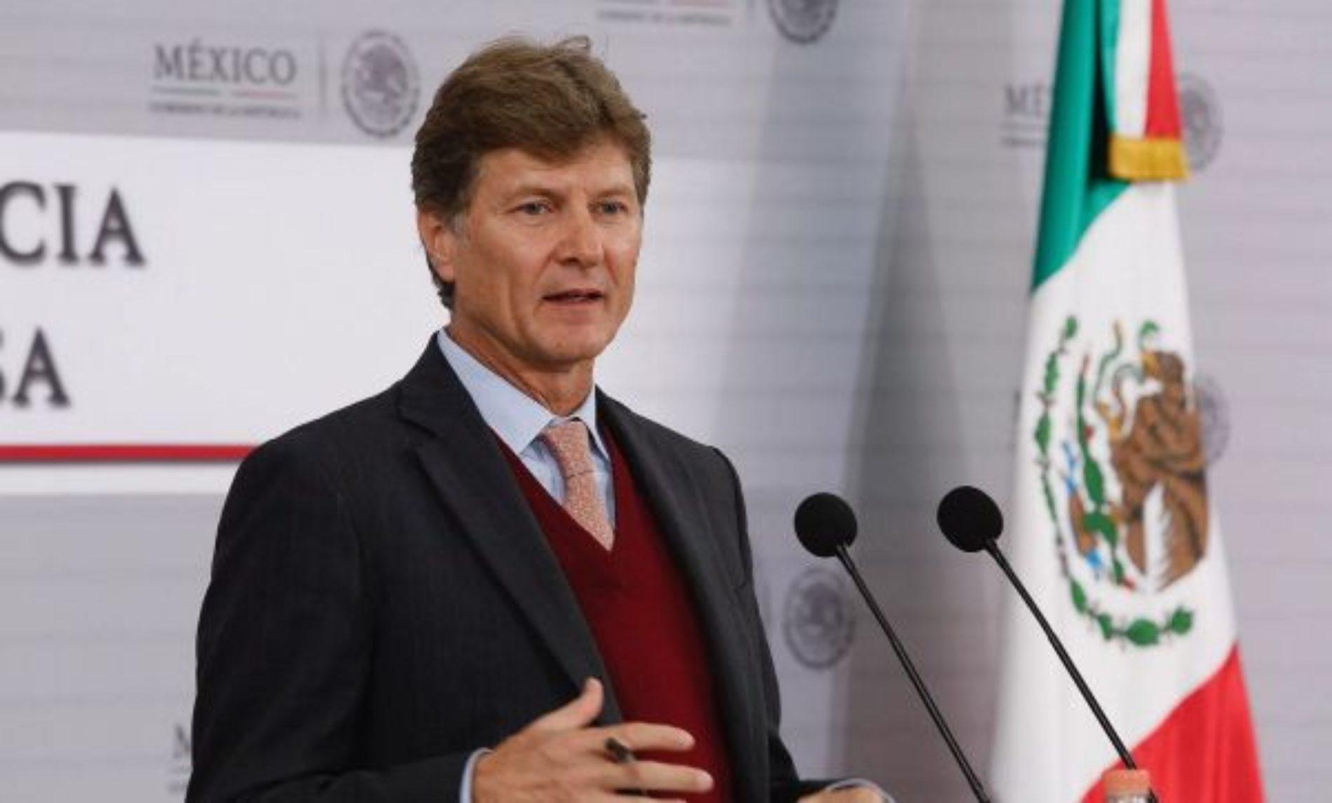 Advierte de la Madrid que si no hay aeropuerto tampoco habrá Tren Maya