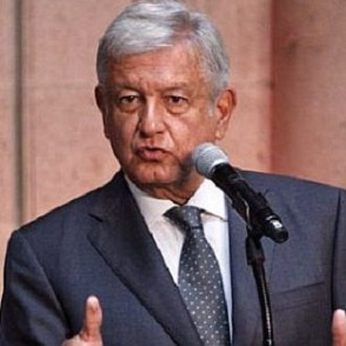 López Obrador nos platica lo que podrán cumplir con un país en bancarrota