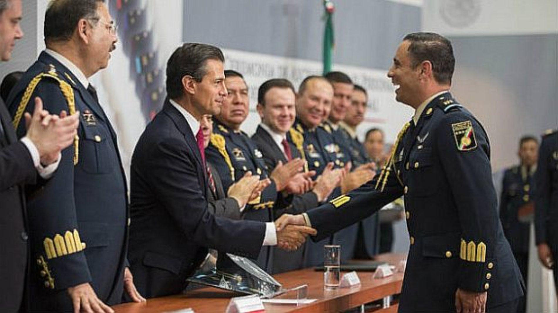 Mas de 8 mil elementos del Estado Mayor presidencial se convertirán en simples policías