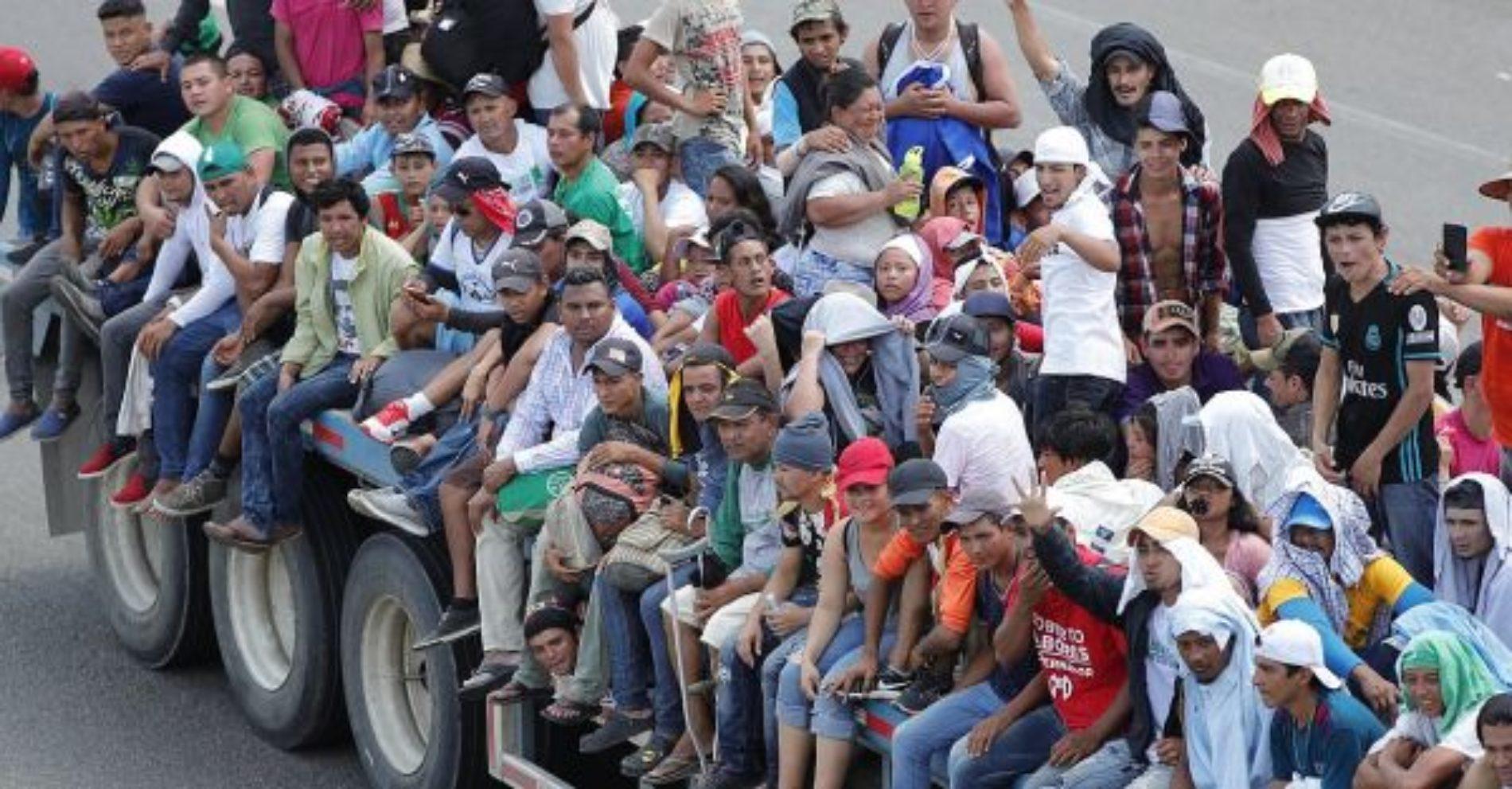 Llegan a un acuerdo Trump y AMLO, los migrantes hondureños deberán esperar en México