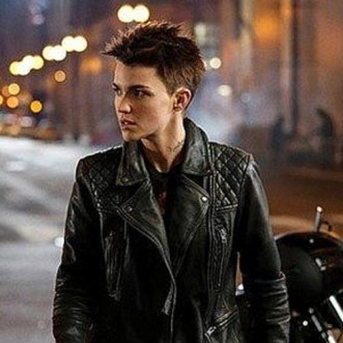 Tráiler y póster de la nueva serie de The CW, 'Batwoman'